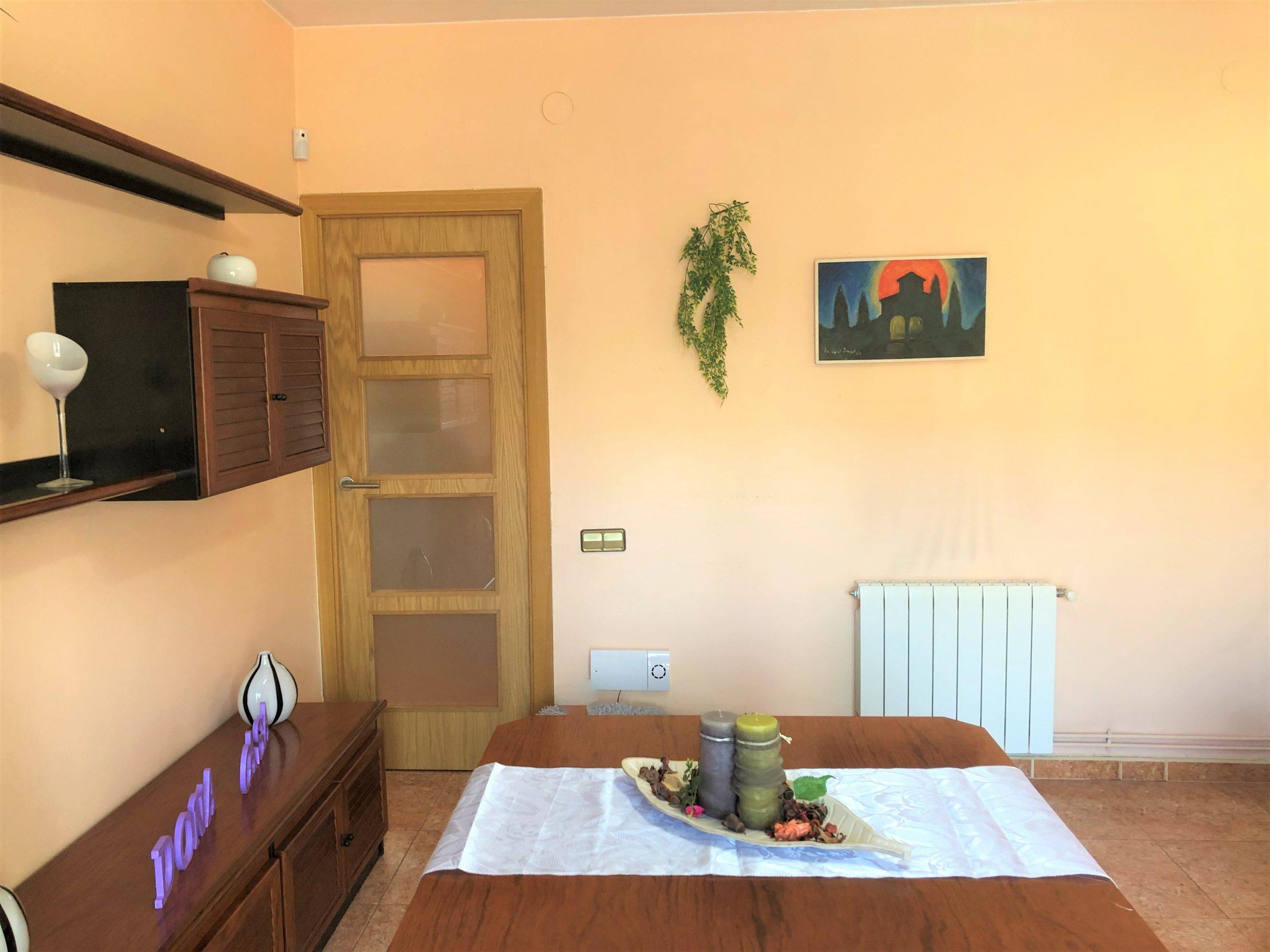 Práctico y reformado piso, junto a la calle Colom